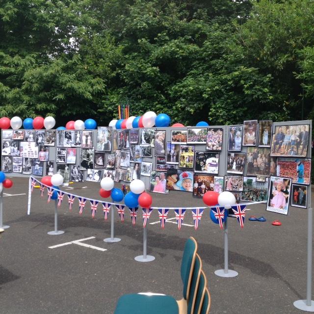 Cake Decorations Tunbridge Wells : Tunbridge Wells Celebrates The Queen s 90th Birthday