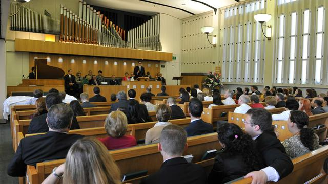The new  Hyde Park Chapel before dedication service