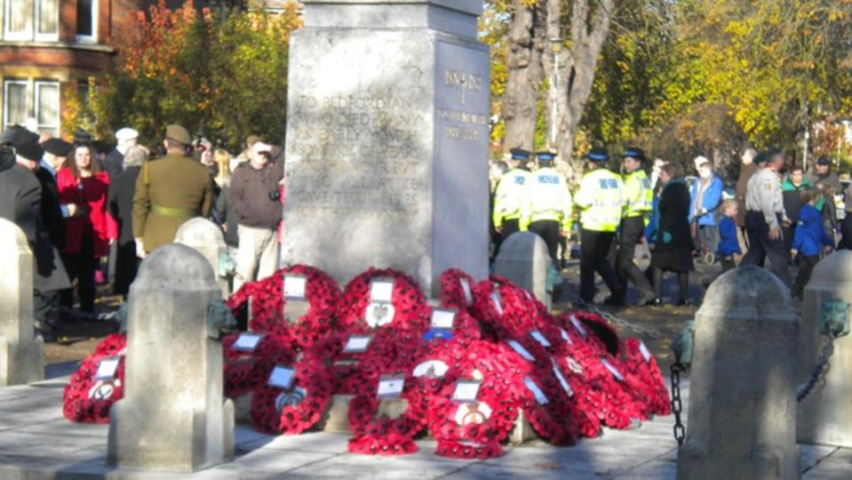 Bedford town Remembrance Day memorial