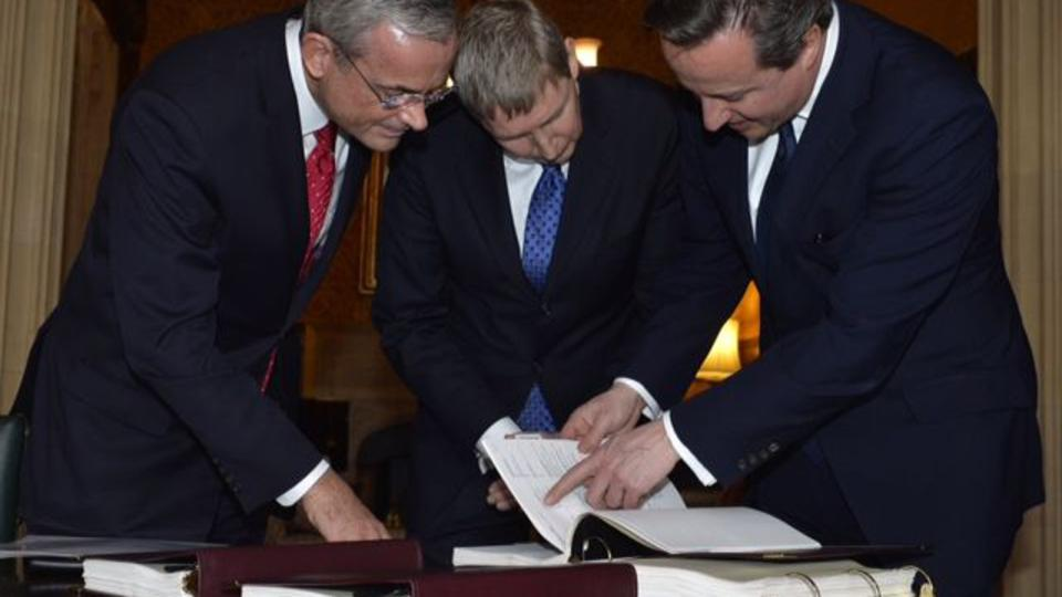 British Prime Minister Receives Personal Family History from the Church